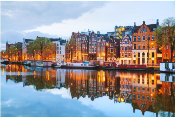 Recommended hotels in Amsterdam